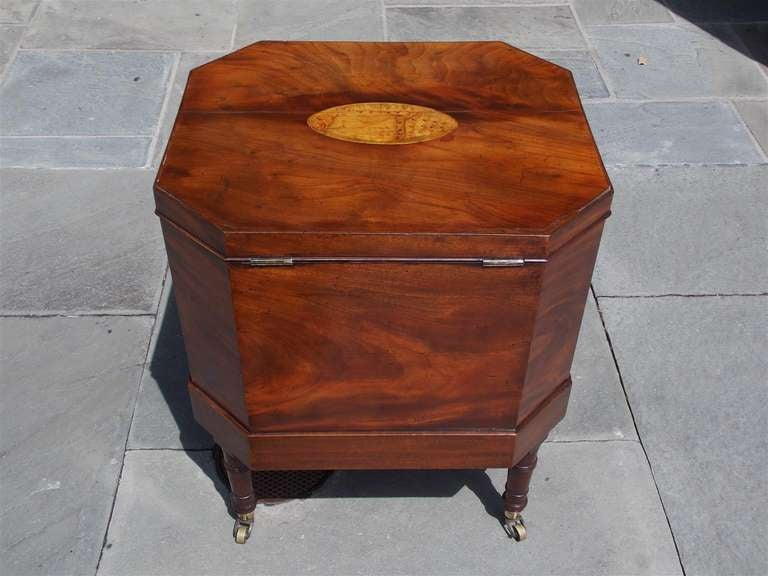 English Mahogany Satinwood Conch Shell Inlaid Wine Cellarette.  Circa 1780 For Sale 3