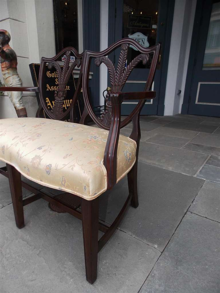 English Chippendale Mahogany Shield Back Settee, Circa 1790 For Sale 3