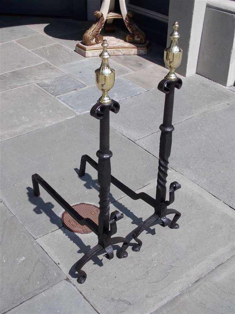 Pair of American Wrought Iron and Brass Urn Finial Andirons. Circa 1770 In Excellent Condition For Sale In Charleston, SC