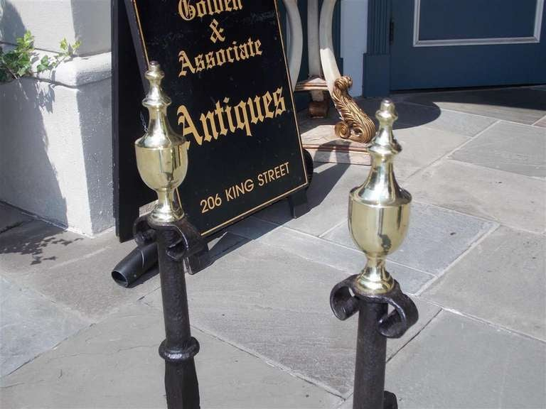 Pair of American Wrought Iron and Brass Urn Finial Andirons. Circa 1770 For Sale 1