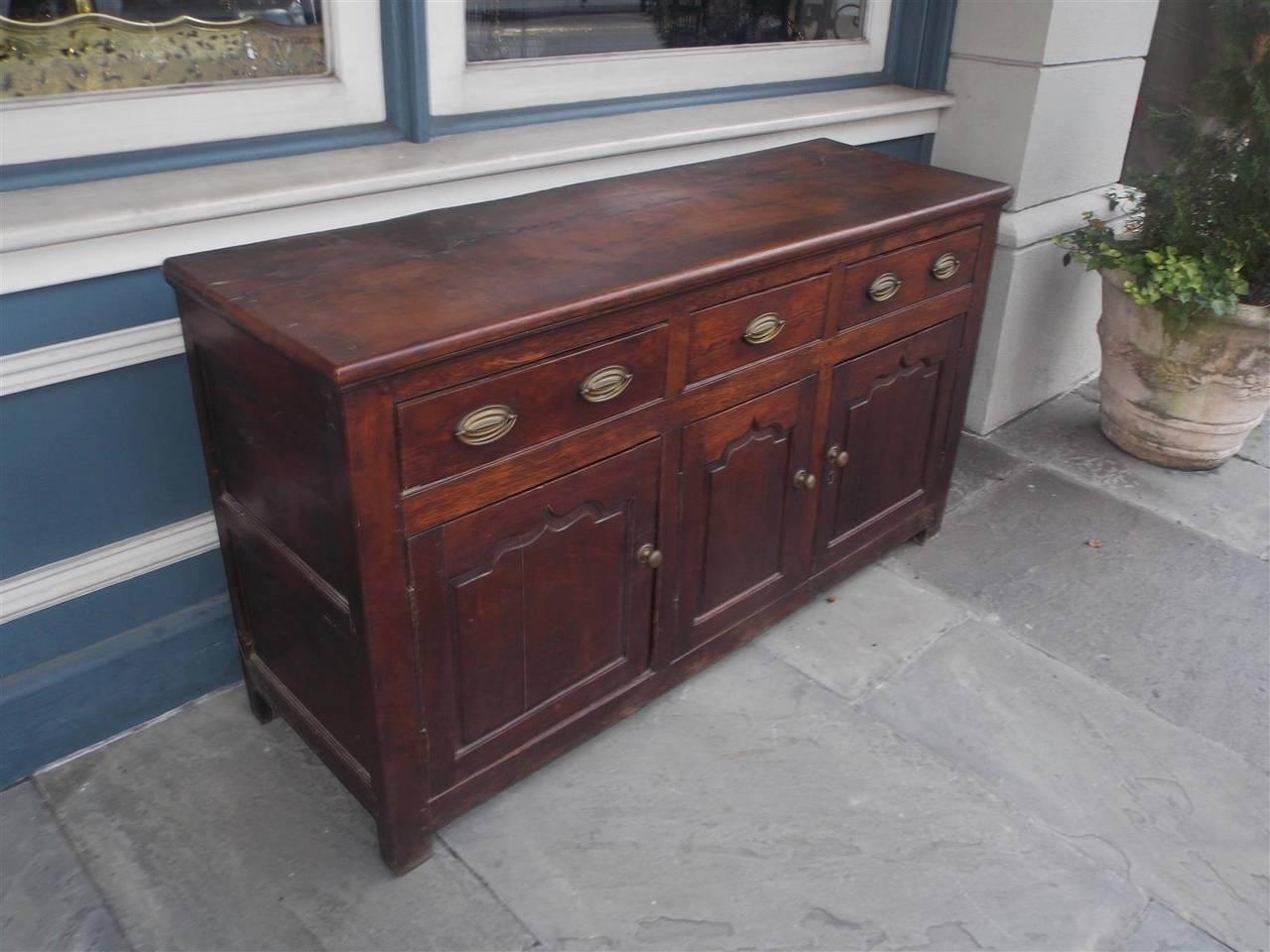 La Credenza In English : English oak three drawer credenza circa 1780 for sale at 1stdibs
