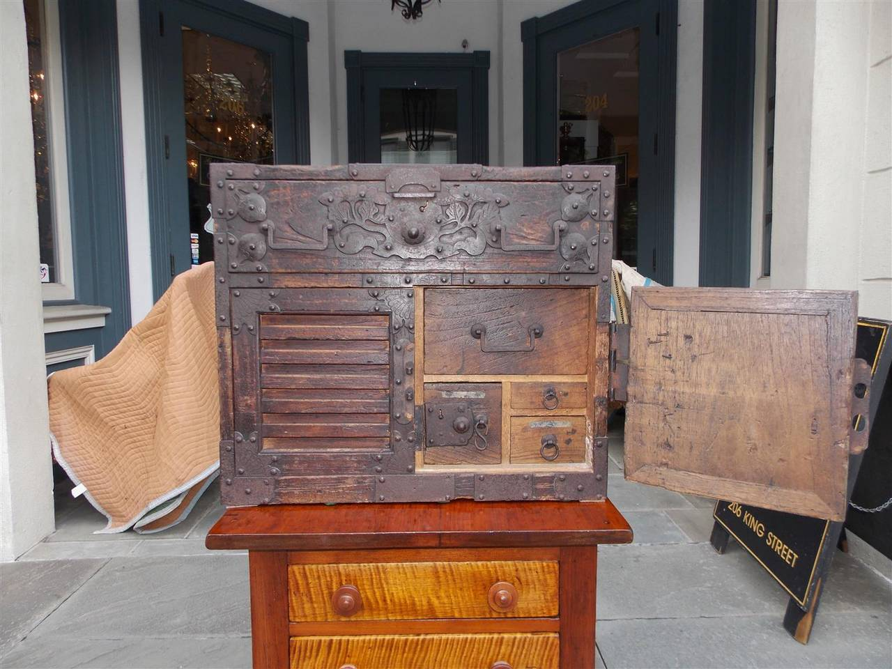 Japanese Military Campaign Document Box Circa 1770 At 1stdibs