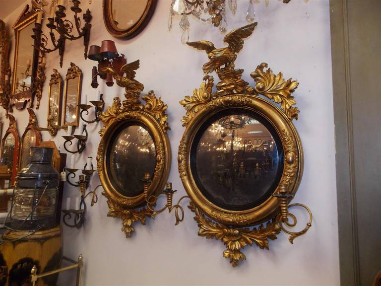 American Colonial Pair of American Eagle Gilt Carved Wood Girandole Mirrors, Circa 1800 For Sale