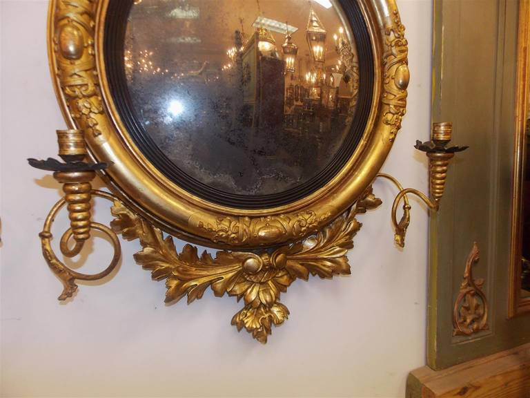 Pair of American Eagle Gilt Carved Wood Girandole Mirrors, Circa 1800 For Sale 1