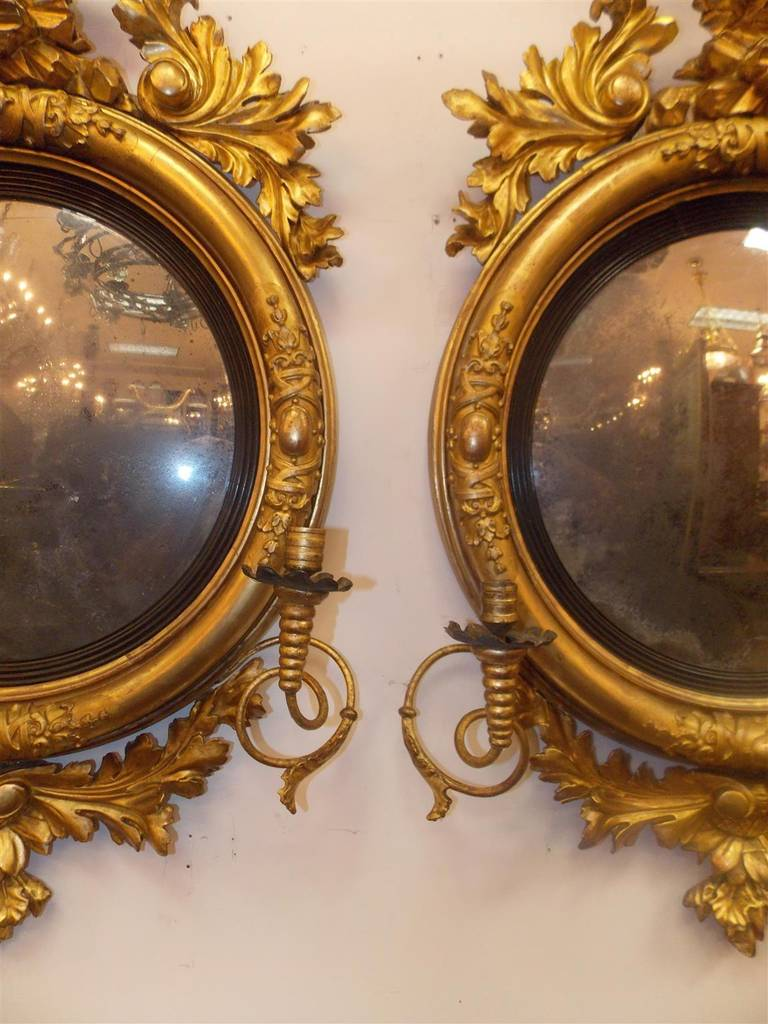 Pair of American Eagle Gilt Carved Wood Girandole Mirrors, Circa 1800 For Sale 2