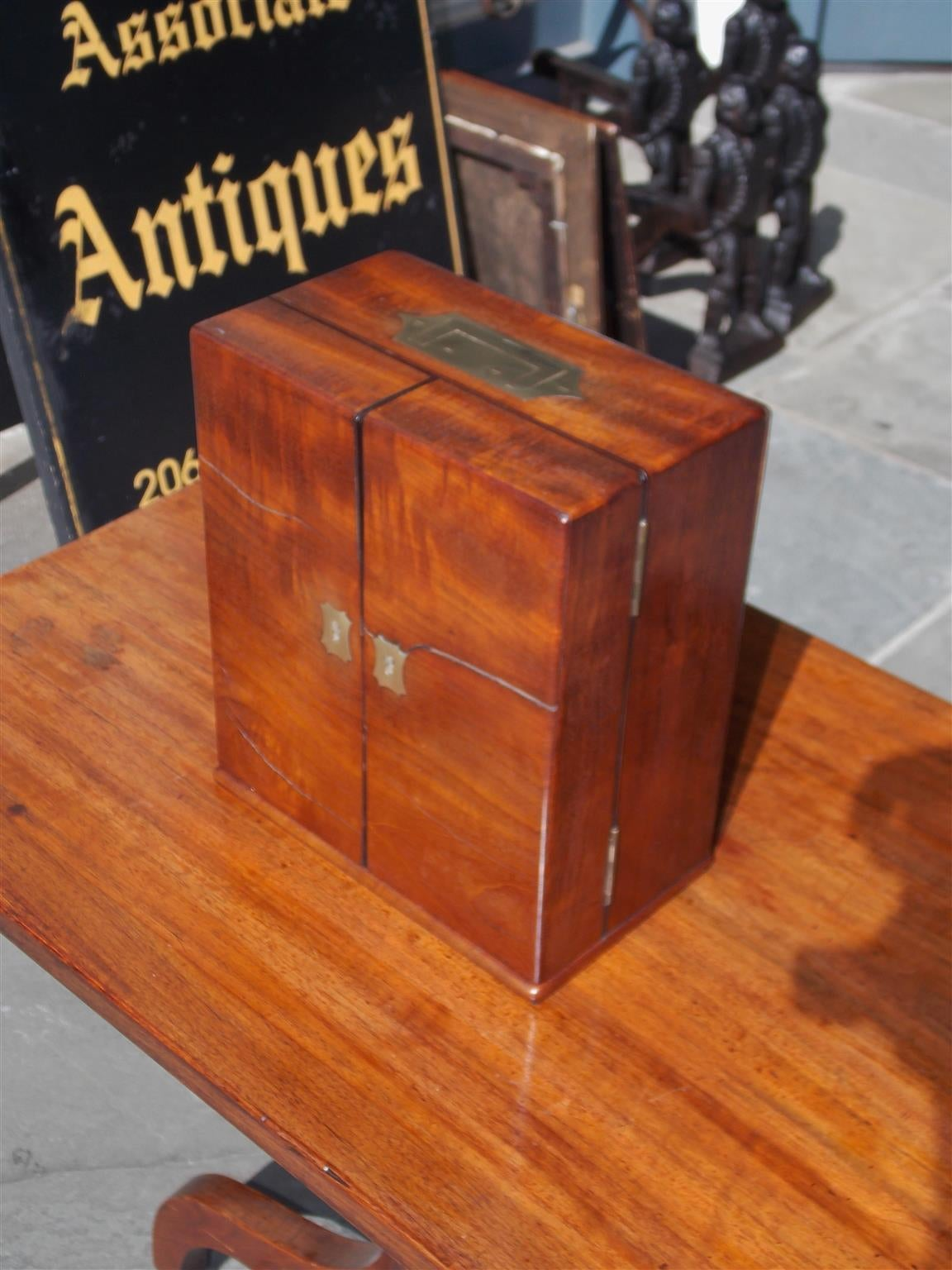 Early 19th Century English Mahogany Military Campaign Medical Box, Circa 1820 For Sale