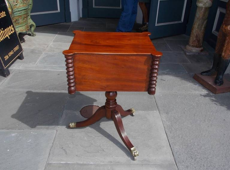 American Mahogany Two-Drawer Work Table, Boston, Circa 1810 For Sale 5
