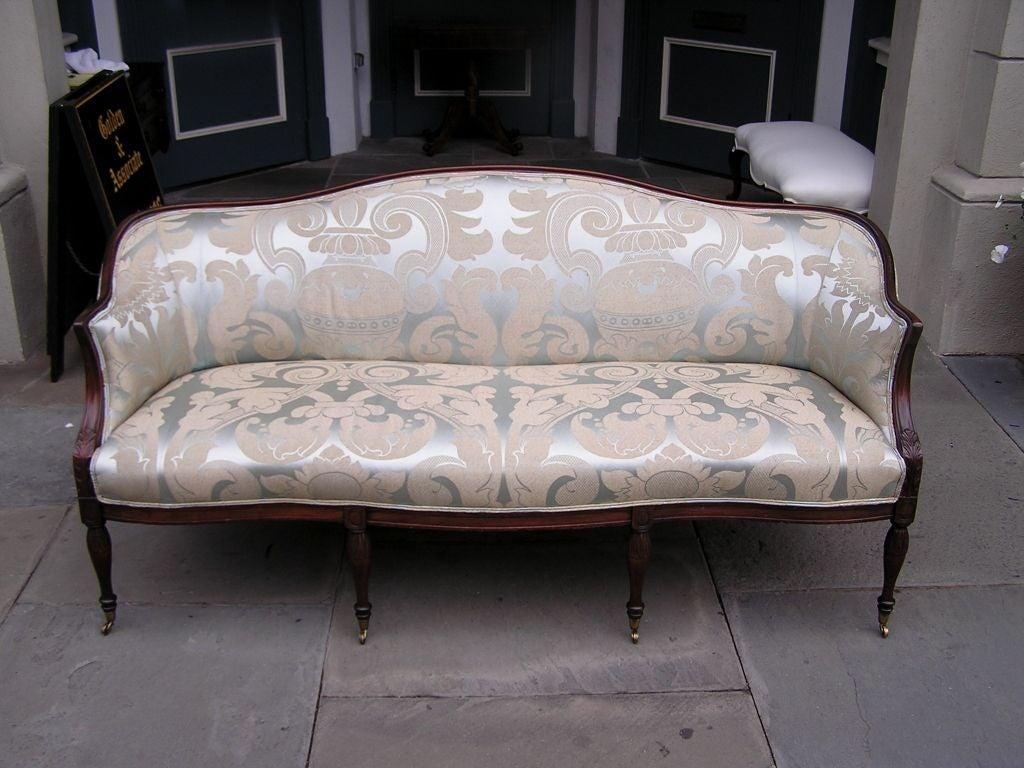 American Mahogany Sofa In Excellent Condition For Sale In Charleston, SC