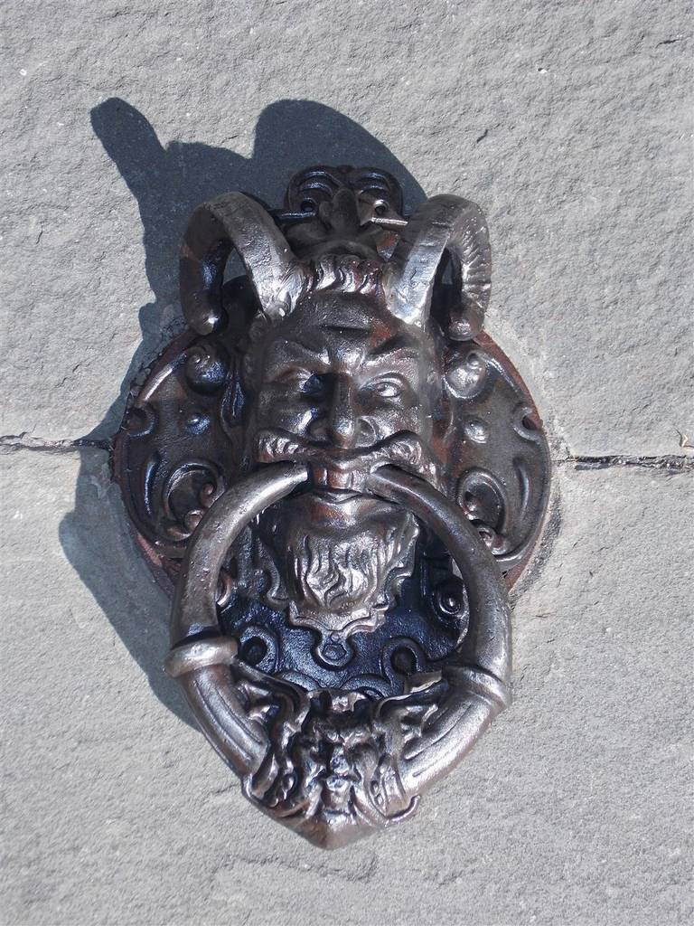 English Cast Iron Bacchus Door Knocker. Circa 1830 In Excellent Condition For Sale In Charleston, SC