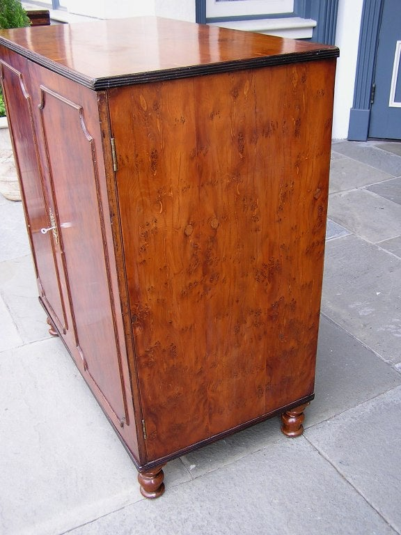 English Yew Wood Chest of Drawers In Excellent Condition For Sale In Charleston, SC