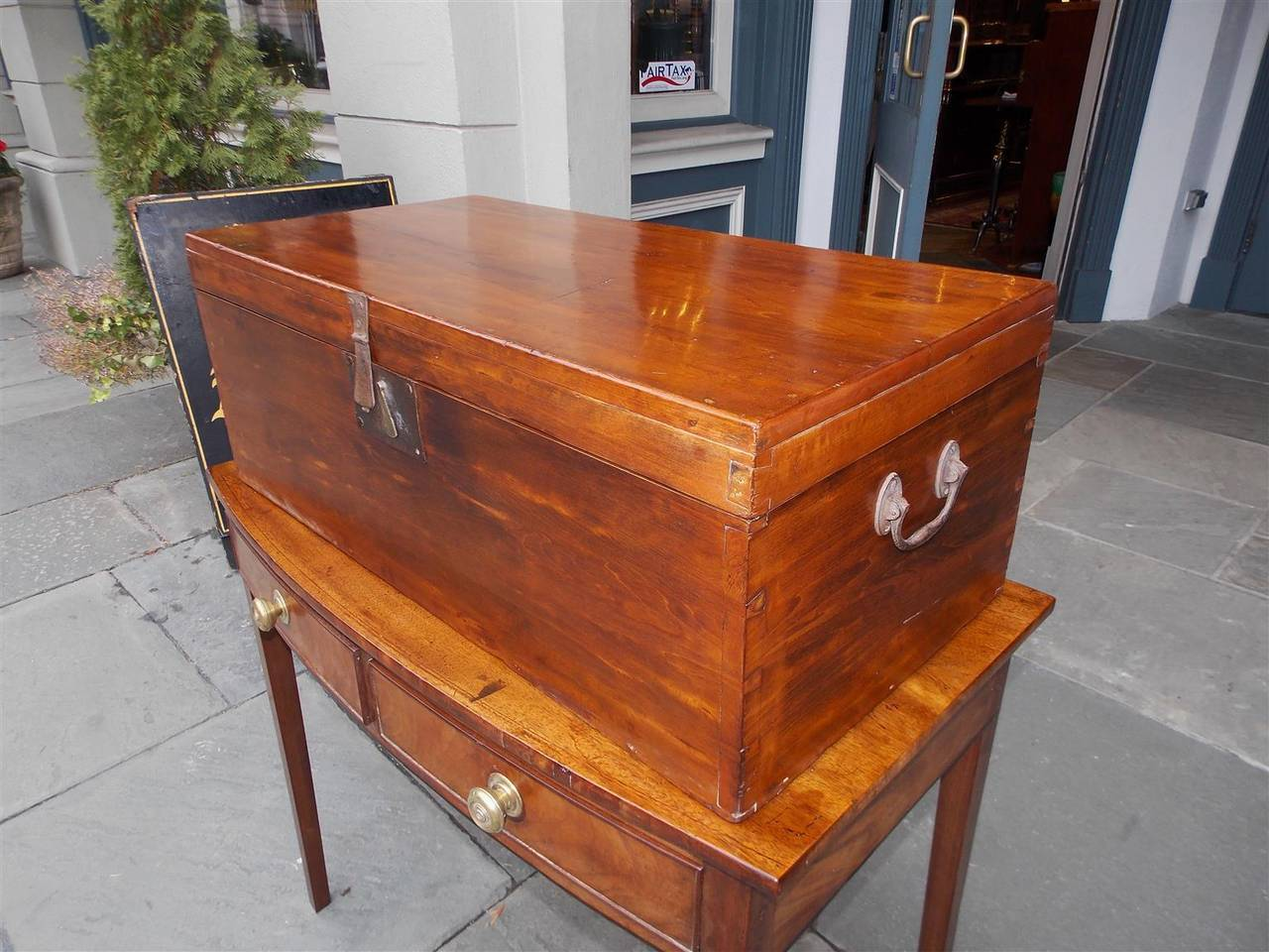 British English Lime Wood Military Campaign Chest, Circa 1810 For Sale