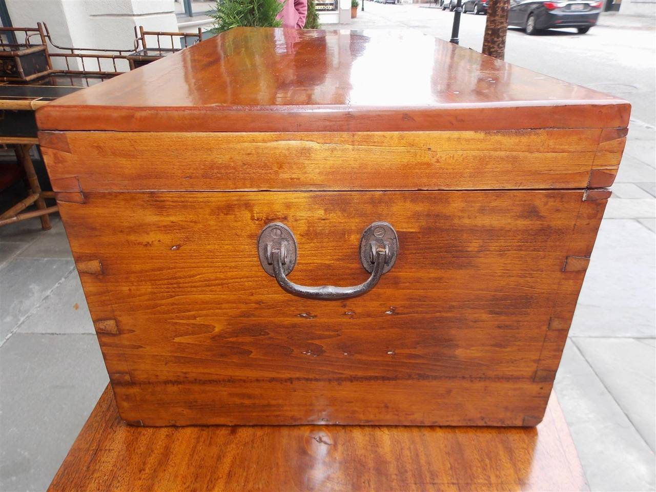 Early 19th Century English Lime Wood Military Campaign Chest, Circa 1810 For Sale