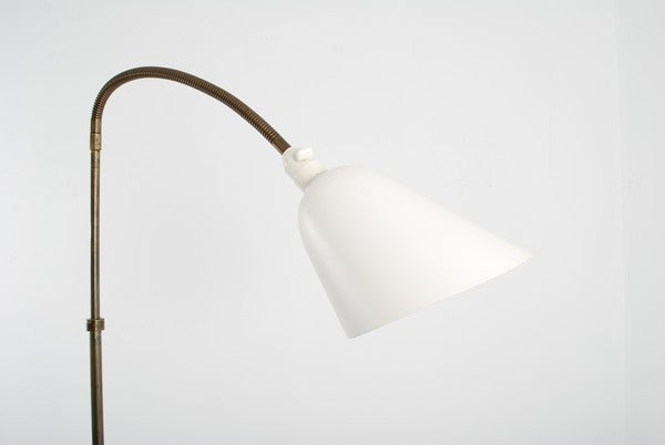 Rare Floor Lamp by Arne Jacobsen for Louis Poulsen, Early Work In Good Condition For Sale In New York, NY