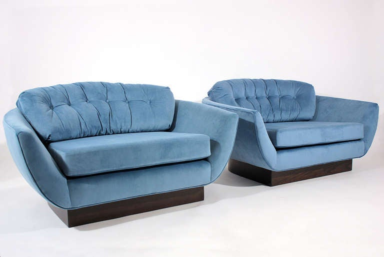 wide low pair of lounge chairs at 1stdibs
