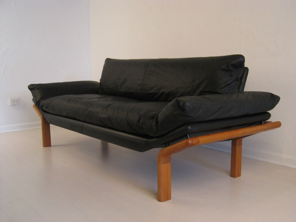 sofa by komfort denmark at 1stdibs. Black Bedroom Furniture Sets. Home Design Ideas