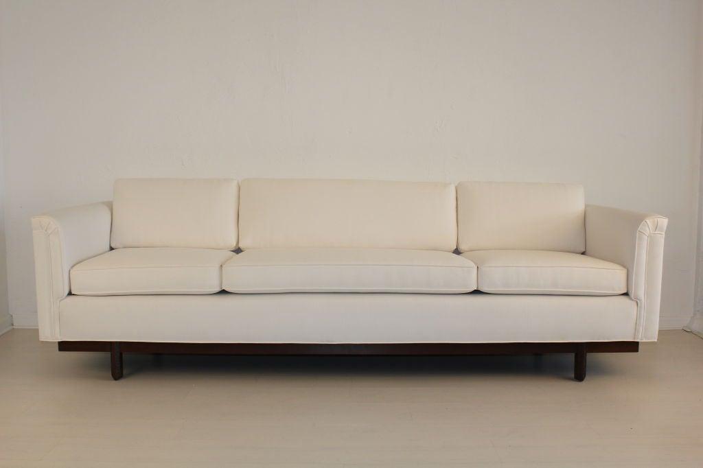 Heritage Henredon Sofa by Frank Lloyd Wright 2