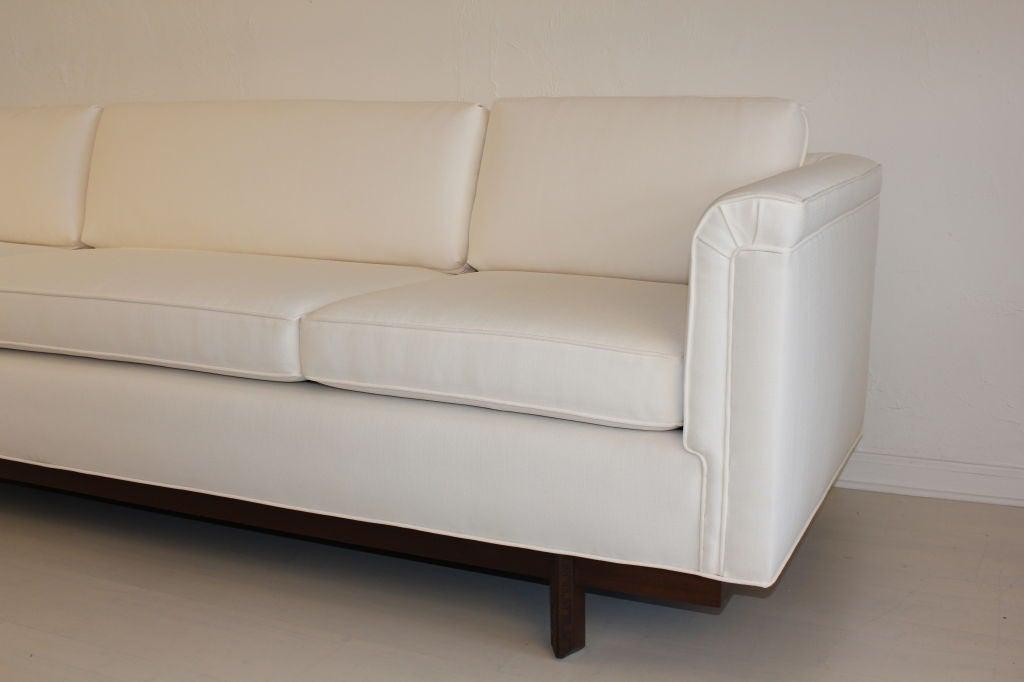 Heritage Henredon Sofa by Frank Lloyd Wright 3