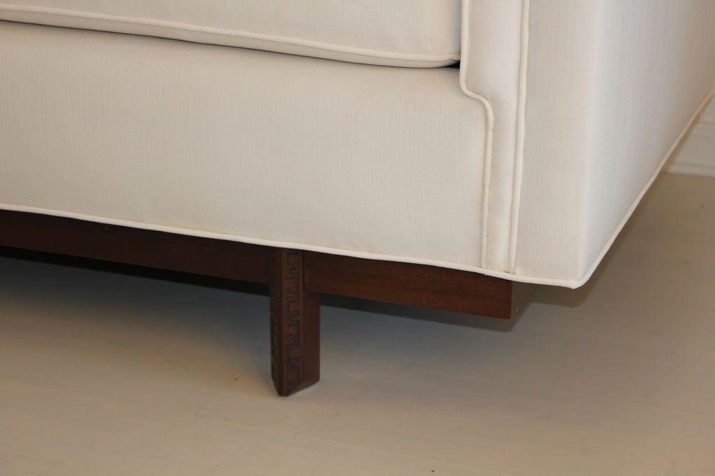 Heritage Henredon Sofa by Frank Lloyd Wright 4