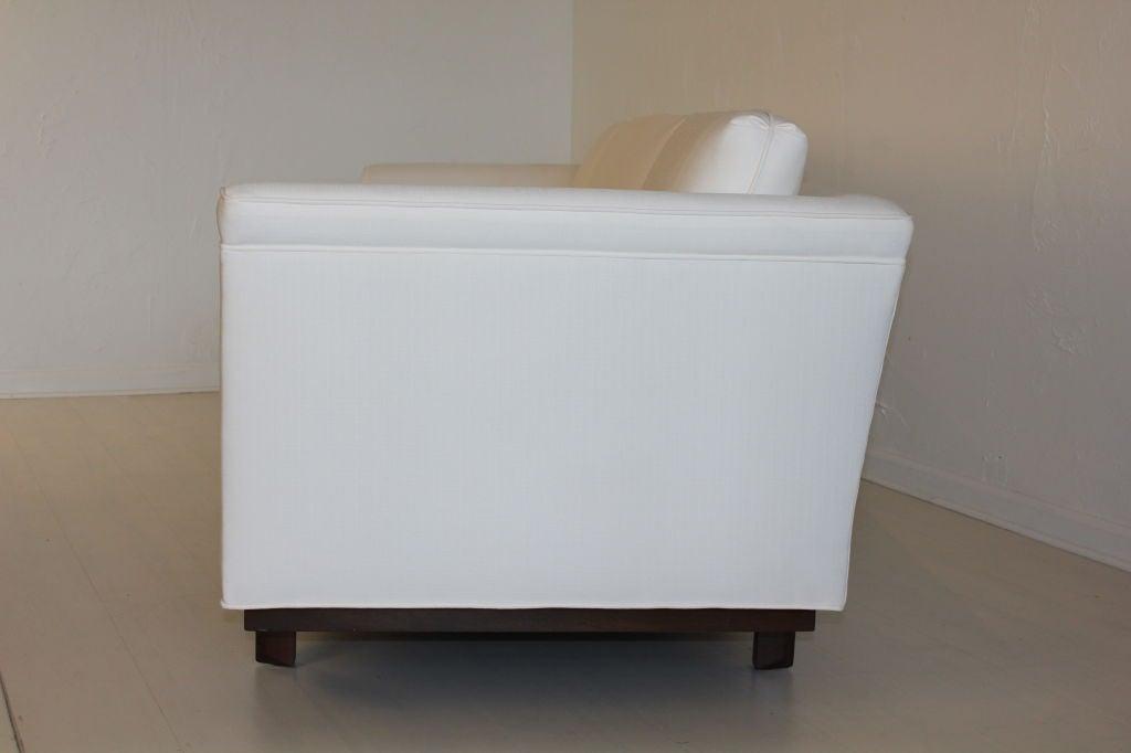 Heritage Henredon Sofa by Frank Lloyd Wright 6