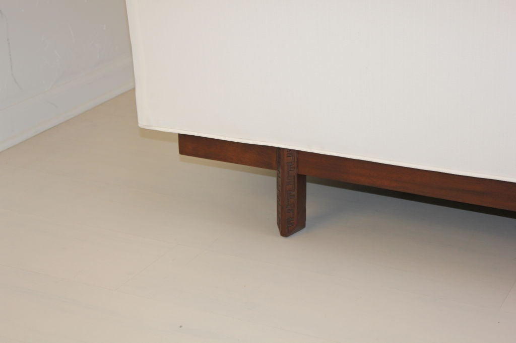 Heritage Henredon Sofa by Frank Lloyd Wright 9