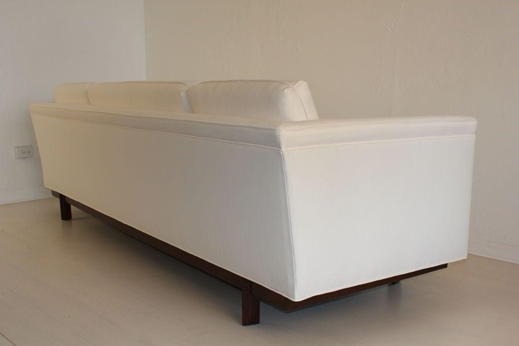 Heritage Henredon Sofa by Frank Lloyd Wright 10
