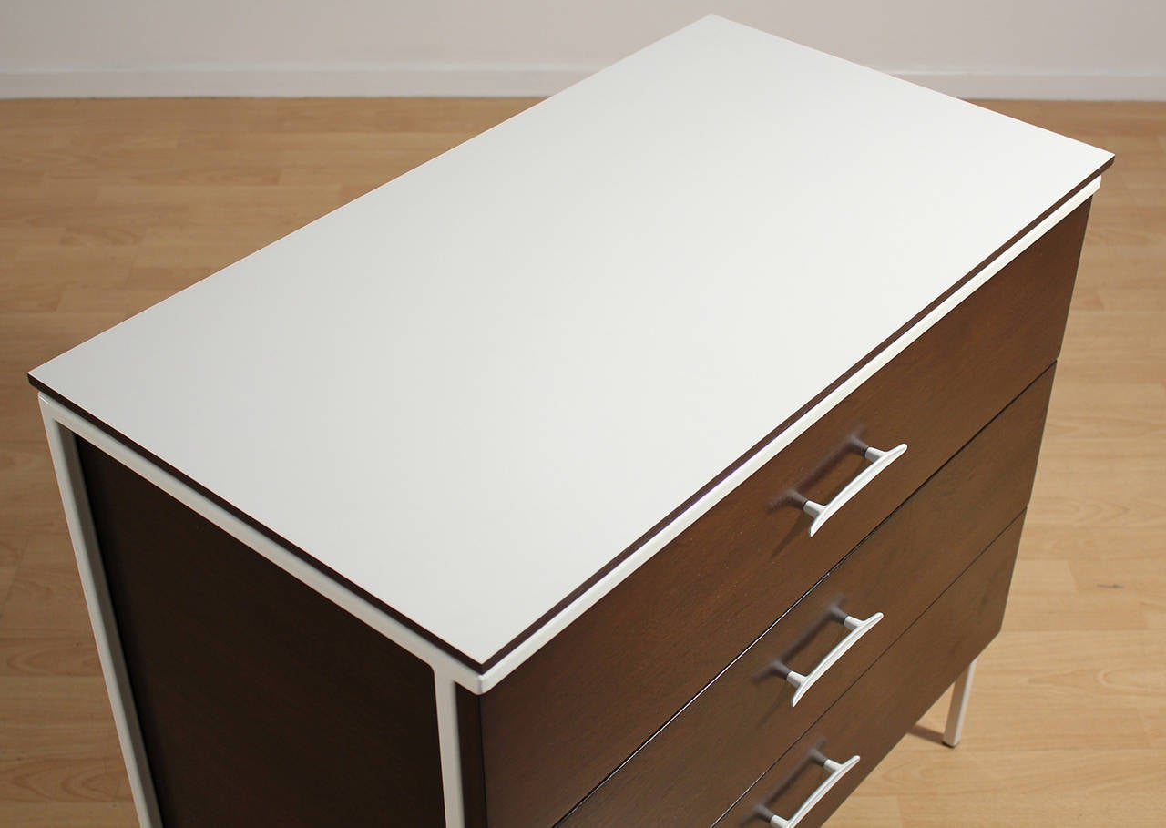 Vista of California, Three-Drawer Dresser In Excellent Condition For Sale In San Diego, CA