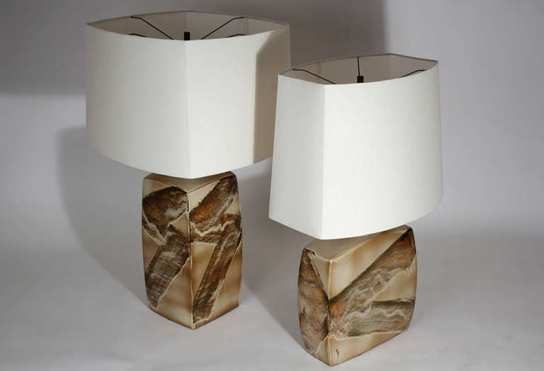Pair of Ceramic Table Lamps In Excellent Condition For Sale In San Diego, CA