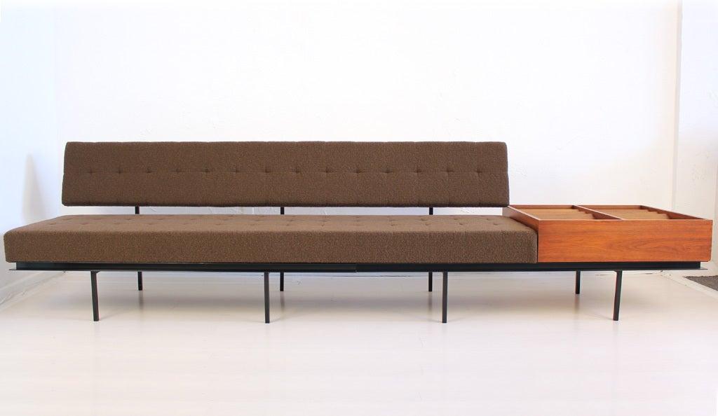 florence knoll sofa image 2. Black Bedroom Furniture Sets. Home Design Ideas
