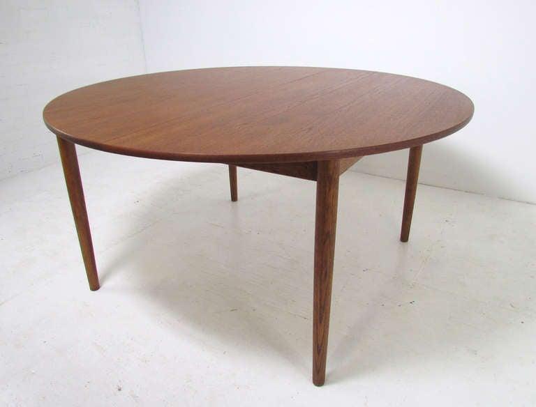 Scandinavian Modern Danish Teak Large Round Expandable Dining Table By Ib  Kofod Larsen For Christensen