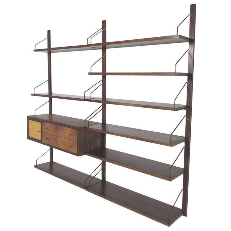 1121682. Black Bedroom Furniture Sets. Home Design Ideas