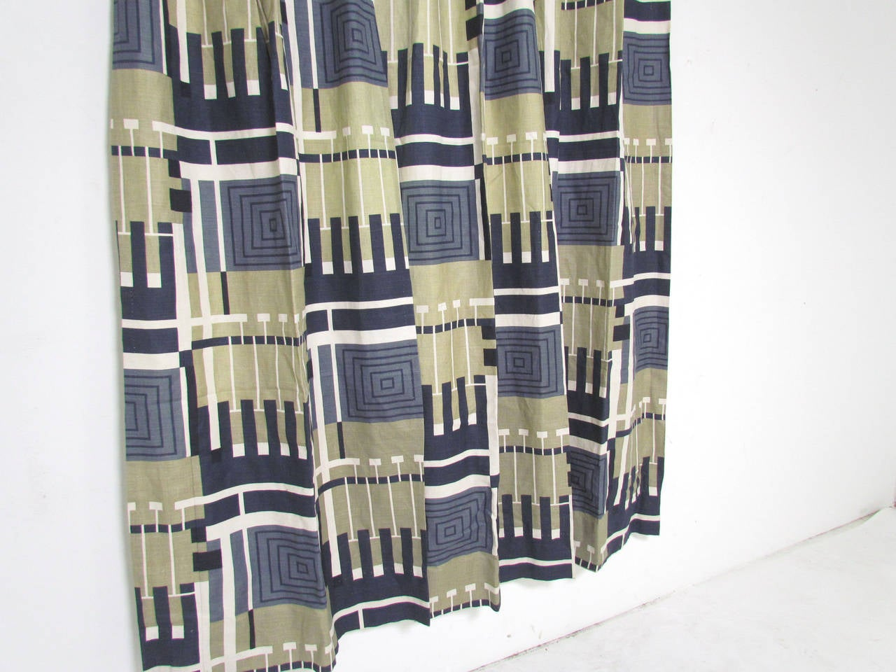 """Nine Panels of Frank Lloyd Wright """"Taliesin Line"""" Curtains, circa 1950s For Sale at 1stdibs"""