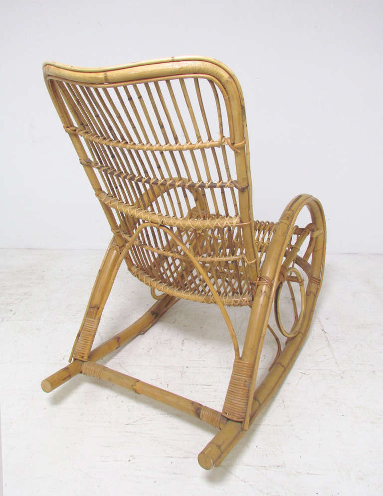 Bon Italian Bent Bamboo Rocker In Manner Of Franco Albini In Good Condition For  Sale In Peabody