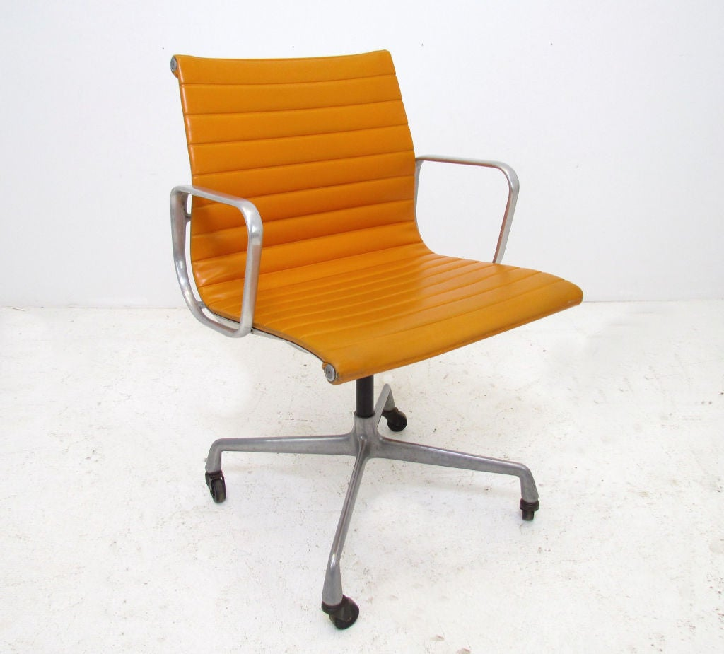 vintage aluminum group eames management chair for herman