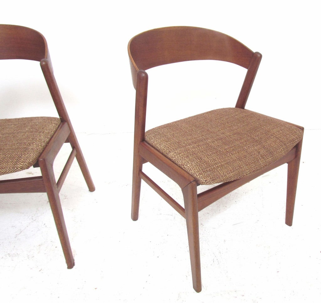Set of four ribbon back danish modern teak dining chairs for Danish dining room chairs
