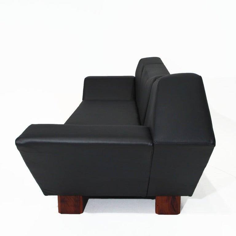 Massive Prototype Geometric Sofa by Zanini De Zanine In Good Condition For Sale In Hollywood, CA