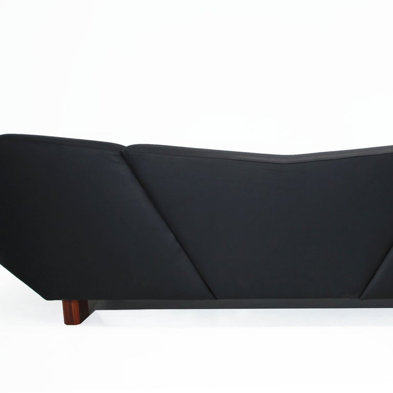 Massive Prototype Geometric Sofa by Zanini De Zanine For Sale 1