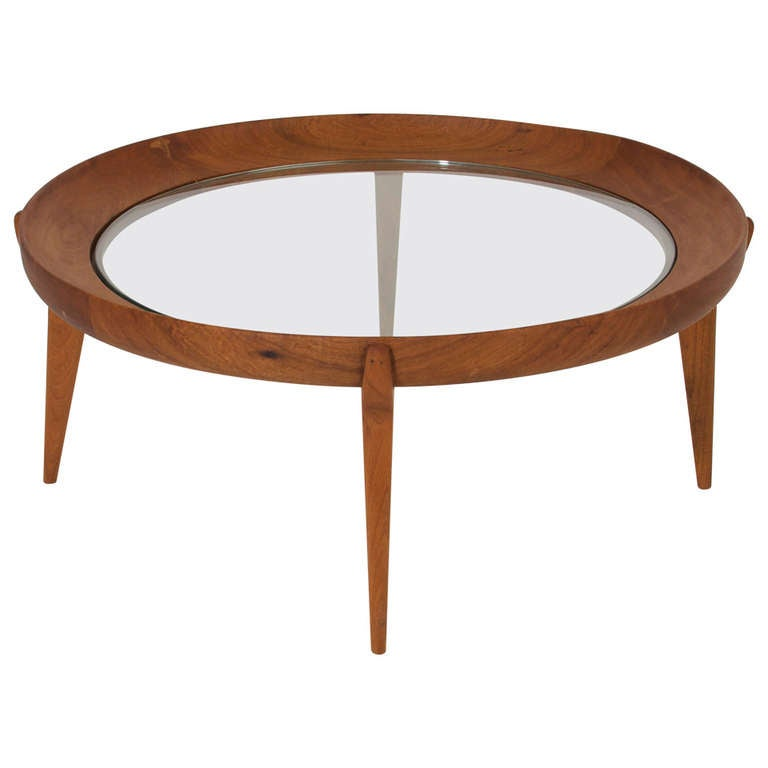 Round Solid Sculptural Caviuna Wood Coffee Table By Giuseppe Scapinelli For Sale At 1stdibs