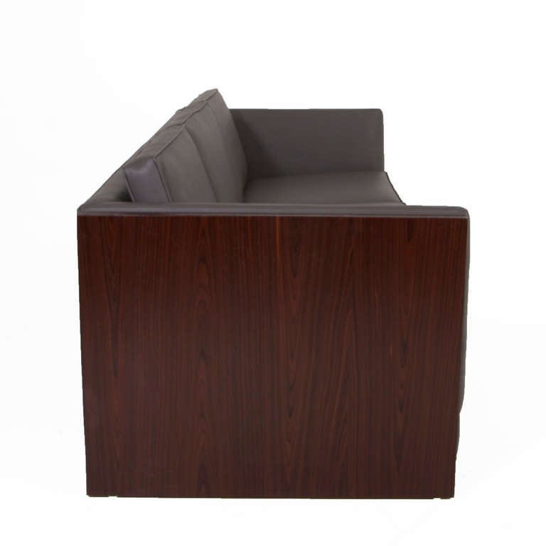 Rosewood Case Sofa by Milo Baughman 3