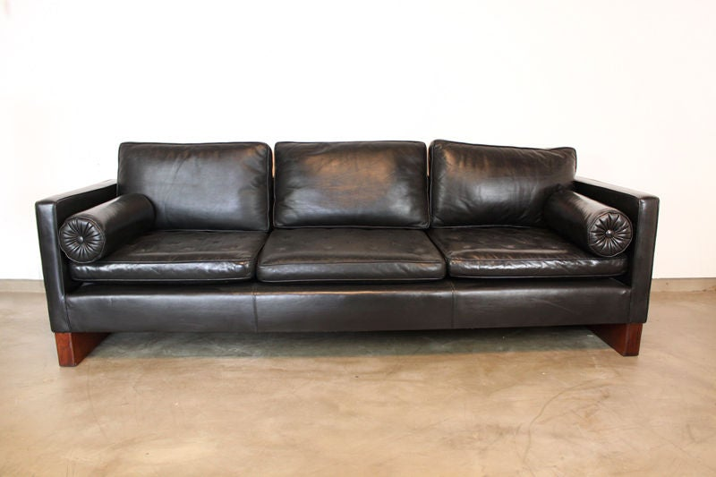 Mies sofa mies van der rohe sofa for knoll in black leather at 1stdibs thesofa - Sofa van de hoek uitstekende ...