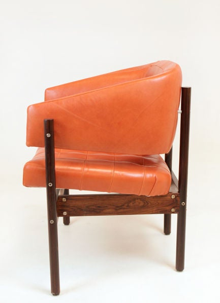 Set of Rosewood & leather arm chairs by Jorge Zalszupin image 5