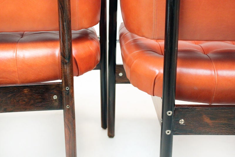 Set of Rosewood & leather arm chairs by Jorge Zalszupin image 9