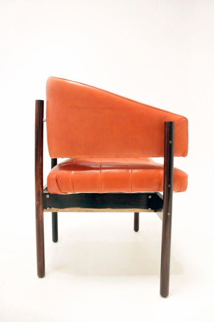 Set of Rosewood & leather arm chairs by Jorge Zalszupin image 4