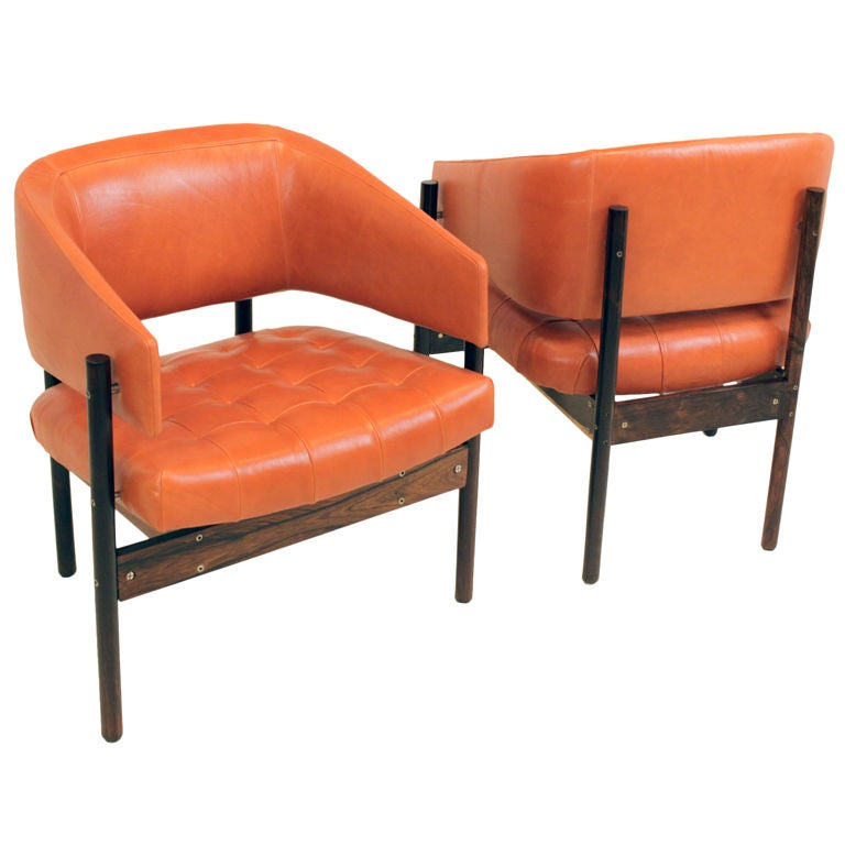Set of Rosewood & leather arm chairs by Jorge Zalszupin