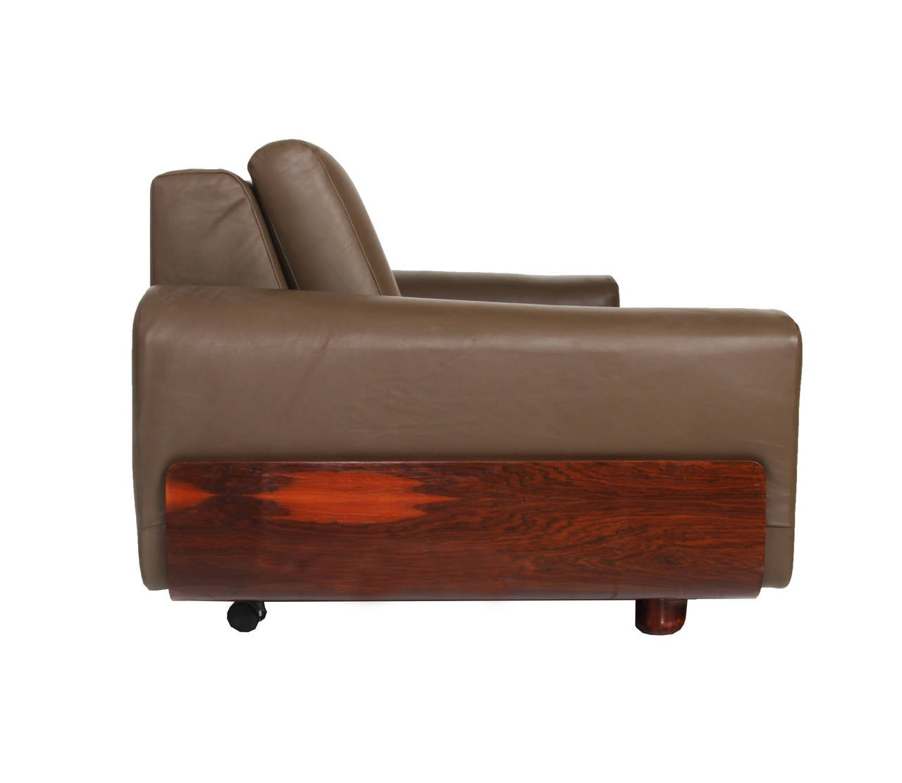 Tendo Brasileira Rosewood and Leather Sofa 5