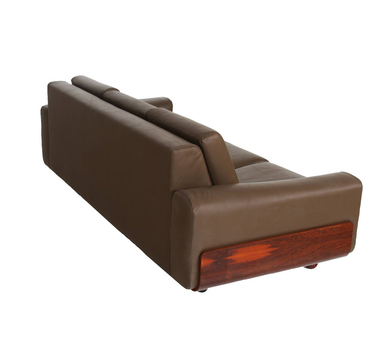 Tendo Brasileira Rosewood and Leather Sofa 3