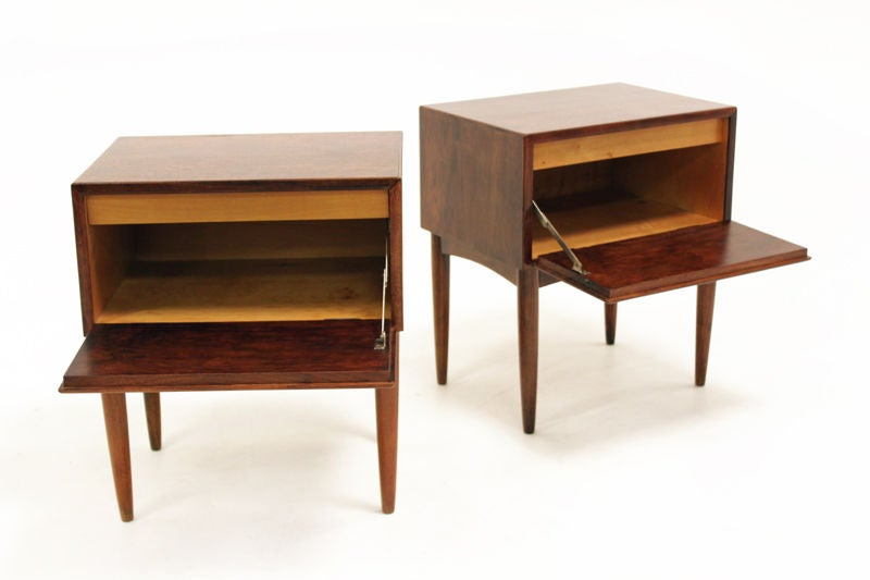 Pair of rich mahogany side tables with tapered legs for
