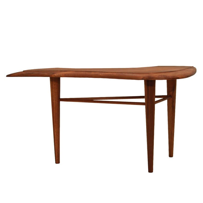 solid walnut corner side table by leach at 1stdibs