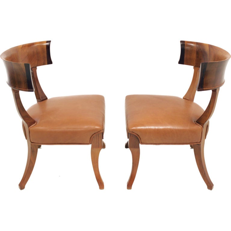 Ari Leather Dining Chair Walnut: Pair Of Walnut Klismos Chairs In Caramel Leather At 1stdibs