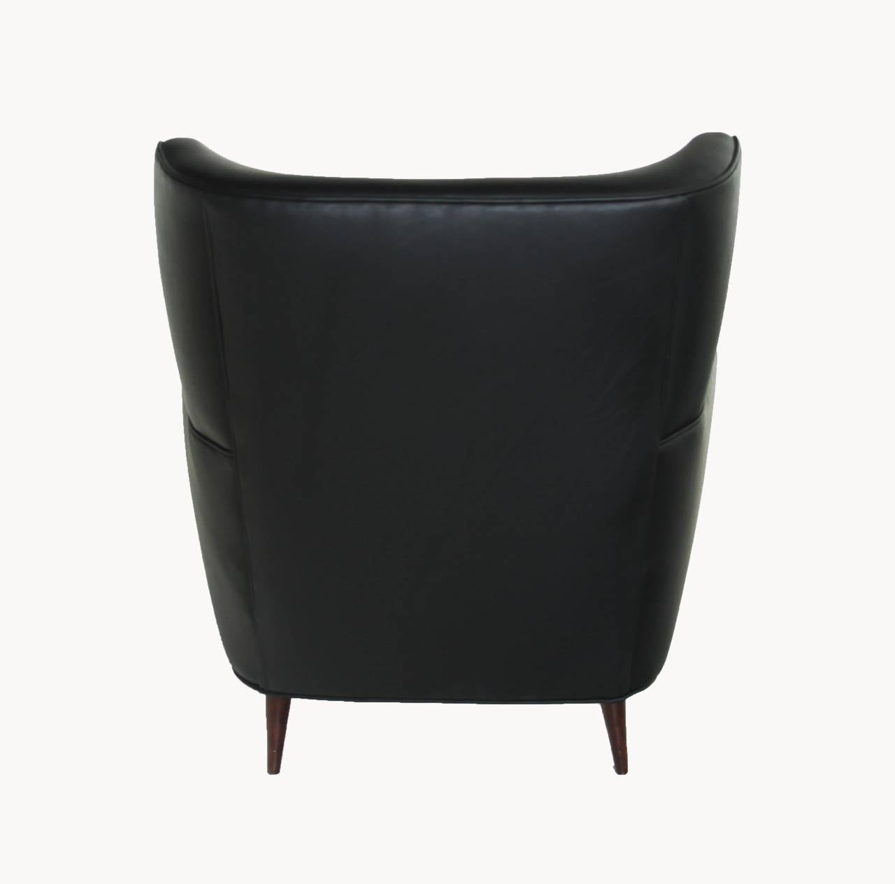 Mid-20th Century  Black Leather Armchair Club Chair with Lathed Wood Legs by Joaquim Tenreiro For Sale