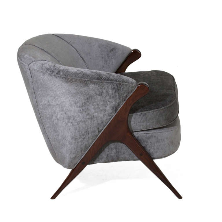 Sculptural Italian Gray Silk Velvet Armchair In Good Condition For Sale In Hollywood, CA